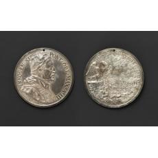 Silver medal by Beatrice Hamerani (diameter 87 mm)